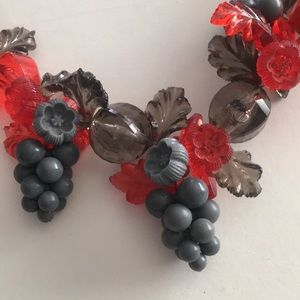 Jewelry - Vintage 60s Lucite Grapevine Necklace. Red & Grey.